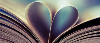 Book-Heart-1280x800-wallpaperz.co