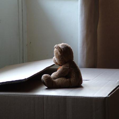 loneliness_Lilivanili_flickr_1429959956